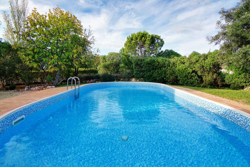 Bazény Trnava do zeme na kľúč